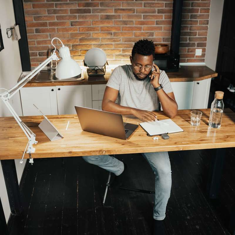 The Definitive Guide to Working From Home